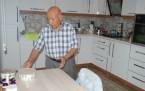 82 Yaşındaki Adam Doğduğundan Beri Uyumıyor