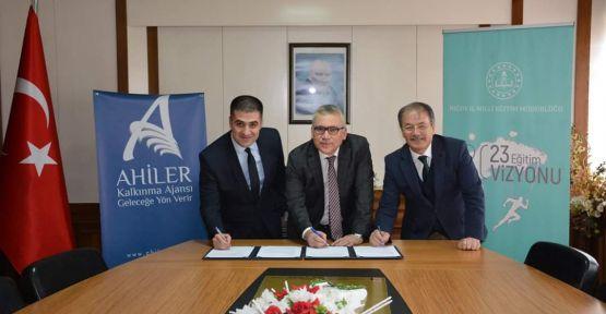 1 Milyon 770 Bin Liralık Proje'ye İmzalar Atıldı