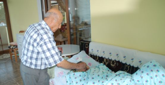 82 Yaşındaki Adam Doğduğundan Beri Uyumuyor