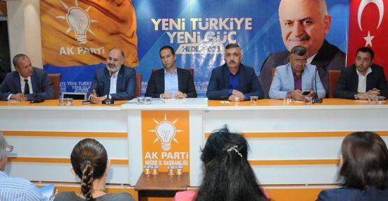 AK Parti Birleştirilmiş Toplantısı Yapıldı
