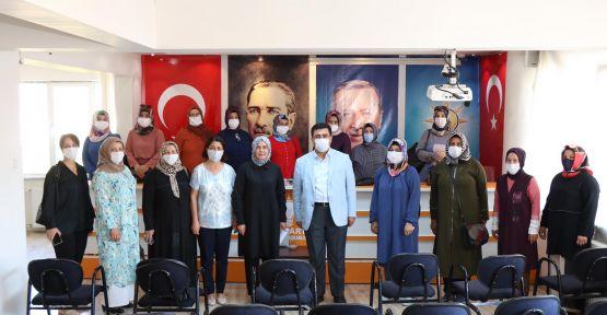 AK Parti Kadın Kollarından Dilipak'a Tepki