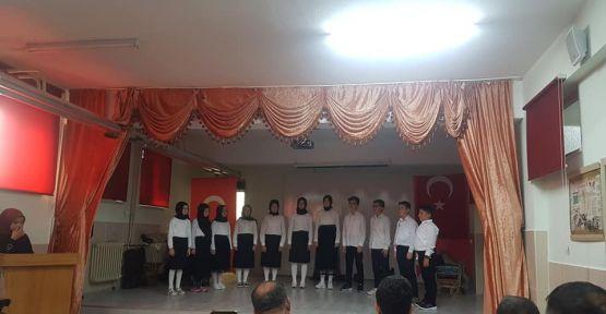 Altunhisar'da Mehmet Akif Ersoy Anıldı