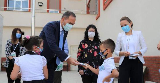 VİDEO HABER | Başkan Özdemir Okulun İlk Günü Sözünü Tuttu