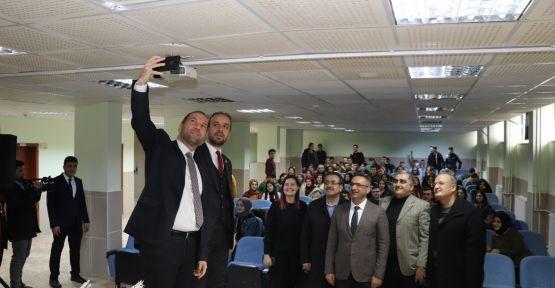 Belediye Başkanı Özdemir'den Öğrencilere Yarı Yıl Ziyareti