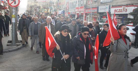 CHP Atatürk'ün Niğde'ye Gelişini Yürüyüş Yaparak Kutladı