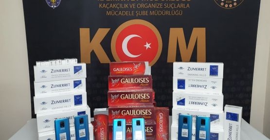 Kaçak 35 cep telefonu ile 690 paket sigara ele geçirildi