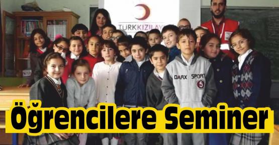 Kızılay'dan Öğrencilere Seminer