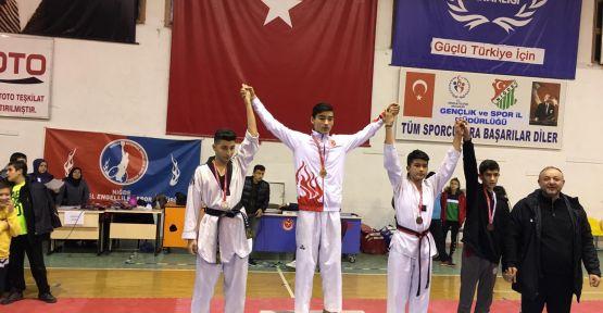 Niğde Final Akademi Anadolu Ve Fen Lisesi Taekvonvo Şampiyonu Oldu