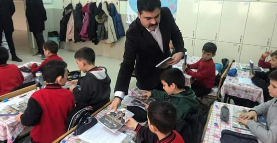Niğde Ülkü Ocakları'ndan Çocuklara Kitap