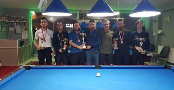 Niğde'de 10 Top Bilardo Şampiyonası Yapıldı