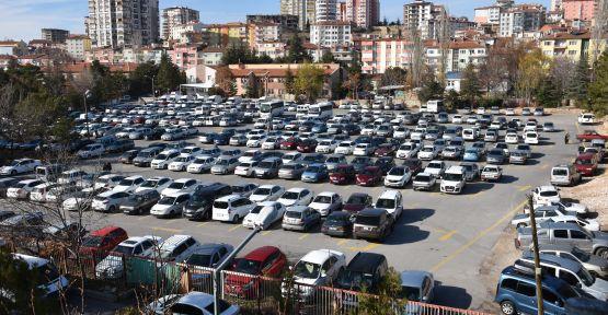 Niğde'de Aralık Ayında 2 Bin 460 Araç Devri Yapıldı
