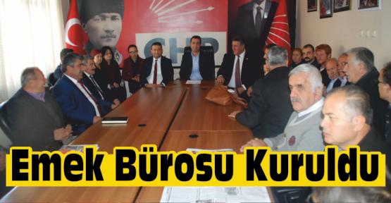 Niğde'de CHP Emek Bürosu Kurdu