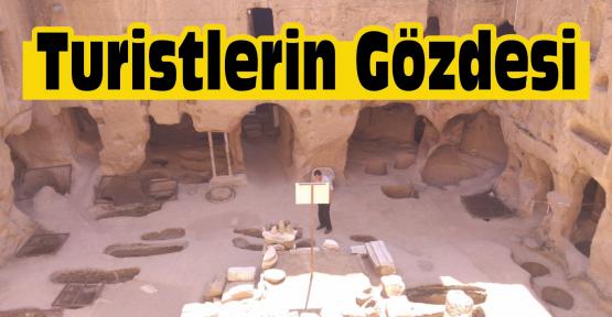 Niğde'de Gümüşler Manastırı Turistlerin Gözdesi Oldu