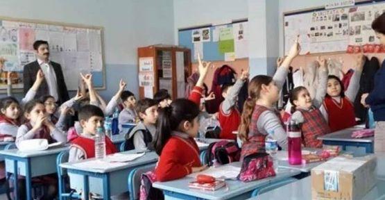 Okullar Uzaktan Eğitimle Devam Edecek