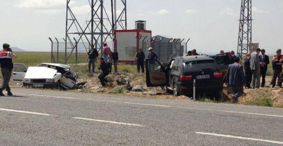 Karakapı'da Trafik Kazası! 3 Ölü