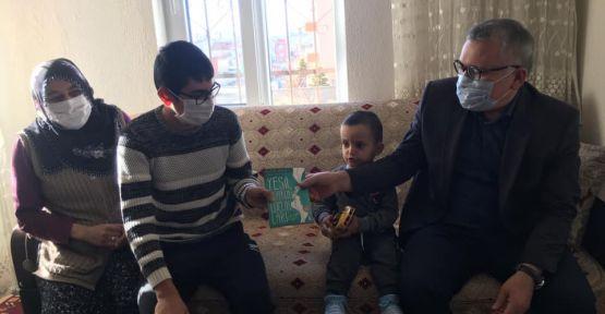 Vali Şimşek'ten Hafta Sonu Çat Kapı Ev Ziyareti