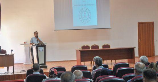 Yaşar, Okul Müdürleriyle Toplantı Gerçekleştirdi