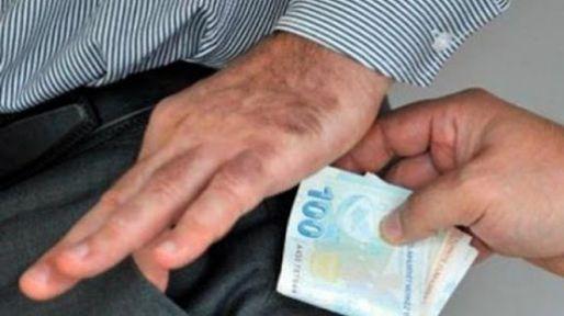 Niğde'de rüşvet operasyonu 2 kişi tutuklandı
