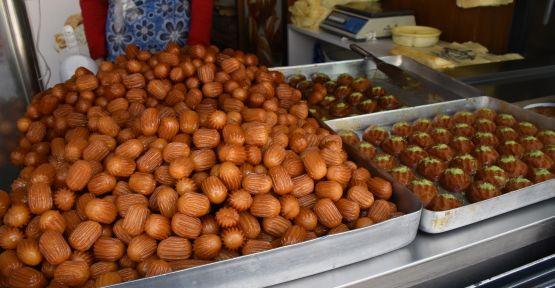 Yeşil 'Ramazan'da tatlıya talep artıyor'